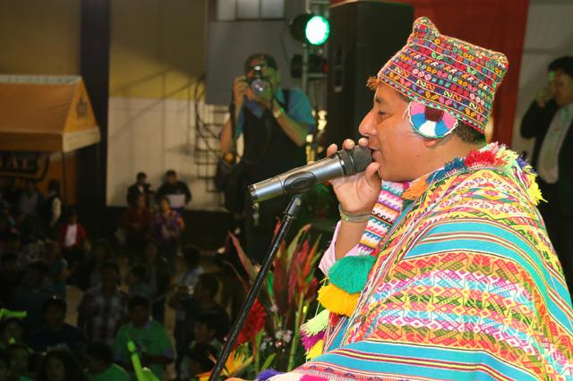 gualberto-apaza-01-full-ritmo