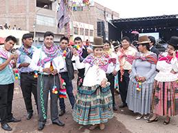 VIOLETA CHURA gozó en carnaval