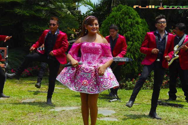 muñequita-milly-con-canto-andino-03-full-ritmo