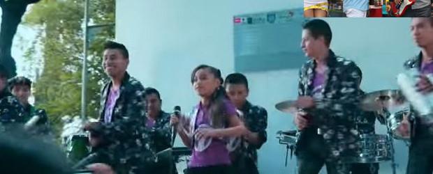 GRUPO DE MEXICO LOS PAPIS GRABA EL TELÉFONO DE PINTURA ROJA