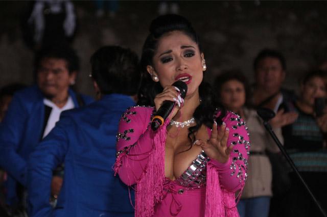 katy-jara-hoy-en-cobija-bolivia-01-full-ritmo