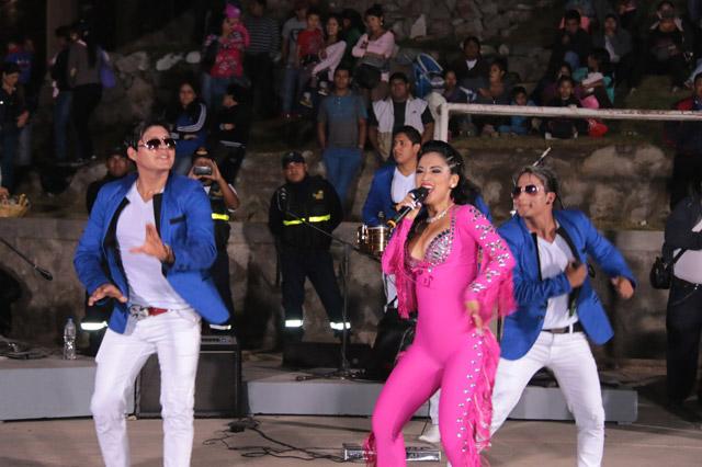 katy-jara-hoy-en-cobija-bolivia-02-full-ritmo