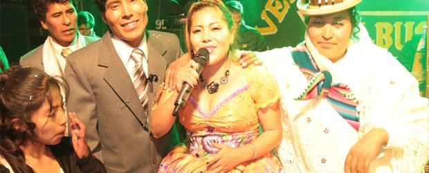 ELY DEL PERU EN UN MATRIMONIO EN JULIACA