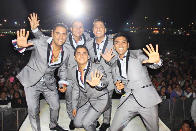 grupo-5-aniversario-isla-del-paraiso-01-full-ritmo