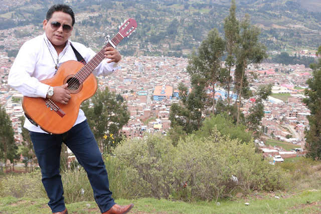 edgar-rivera-en-huayllabamba-04-full-ritmo