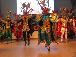 Brisas del Titicaca con cursos de danzas puneñas