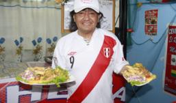 MÚSICO Y CHEF PERUANO triunfa en BOLIVIA, con su cevicheria EL RINCON MUÑECA