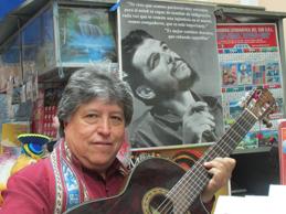 Julio Humala en el club Puno