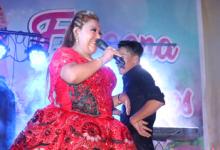 JAQUELIN PUENTE EN LA YUNZADA DE LOS MUSICOS
