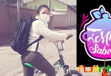 Rosario Flores con su bicicleta hace delivery