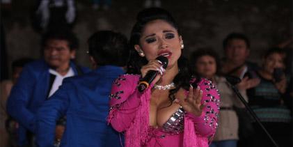 KATY JARA  La sensualidad de la  cumbia hecha canción