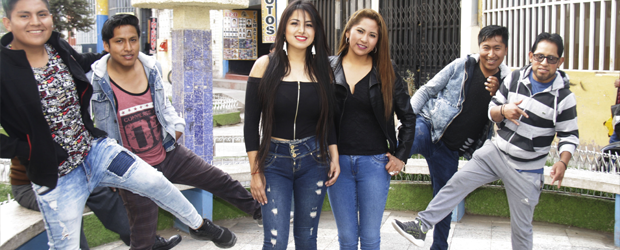 Le dieron la patadita de la suerte a chicas de Asiris
