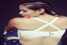 KASANDRA DE LAS ARGANDOÑAS tiene 5 tatuajes