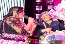 LE CANTÓ MAMITA AMBULANTE y brindó con fans
