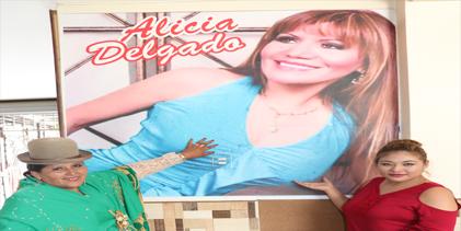 FIELES A ALICIA DELGADO!!