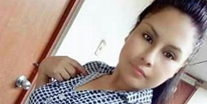 Flor Arely fusionó huayno con teclados con la guitarra acústica